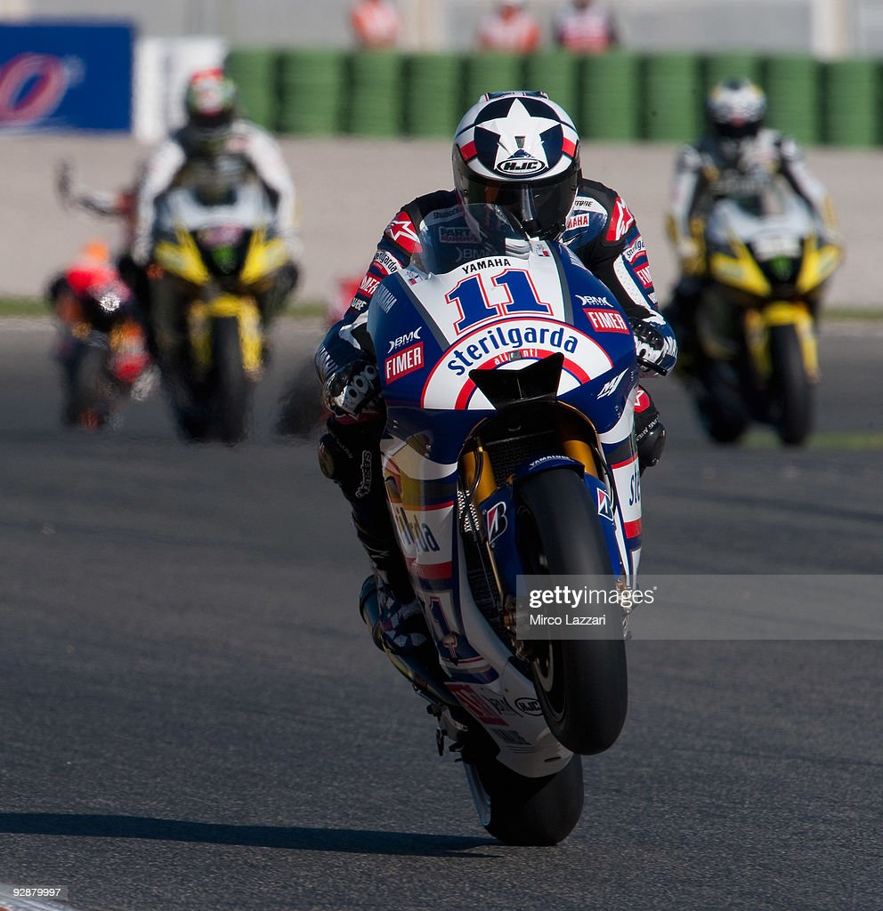 Ben Spies of USA and Yamaha Factory Racing heads down a straight during the qualifying practice session ahead of the MotoGP Of Valencia at the...