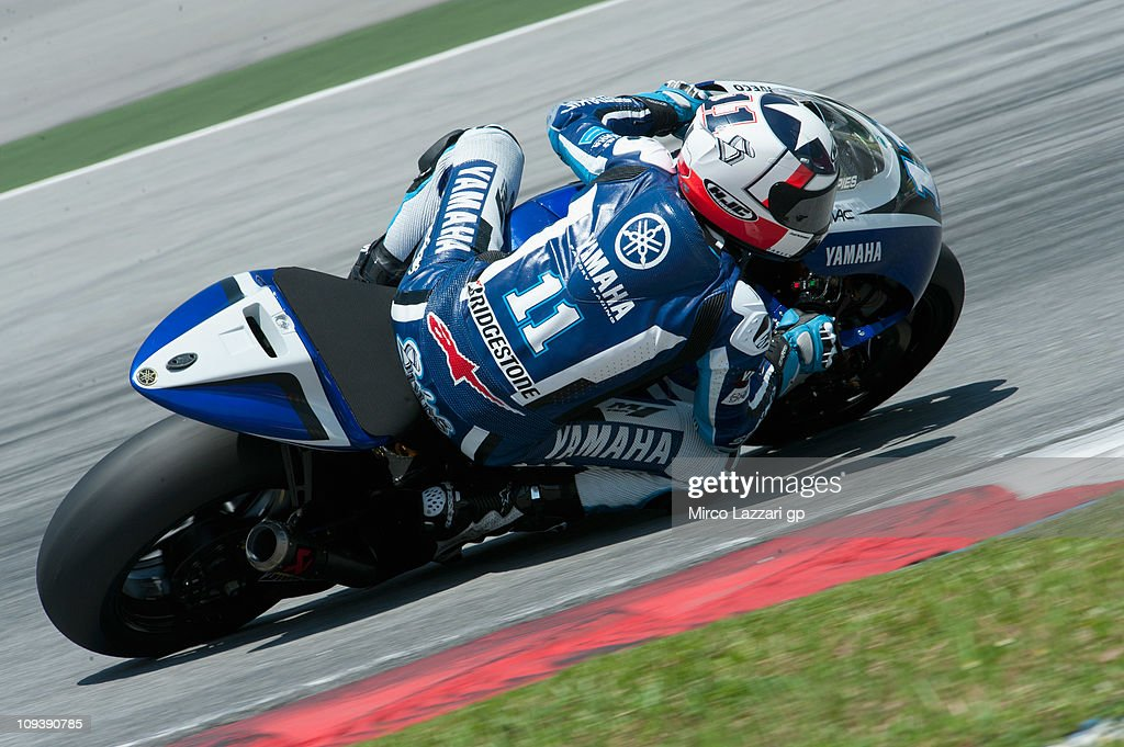 Ben Spies of USA and Yamaha Factory Racing rounds the bend during the third day of testing at Sepang Circuit on February 24 2011 in Kuala Lumpur...