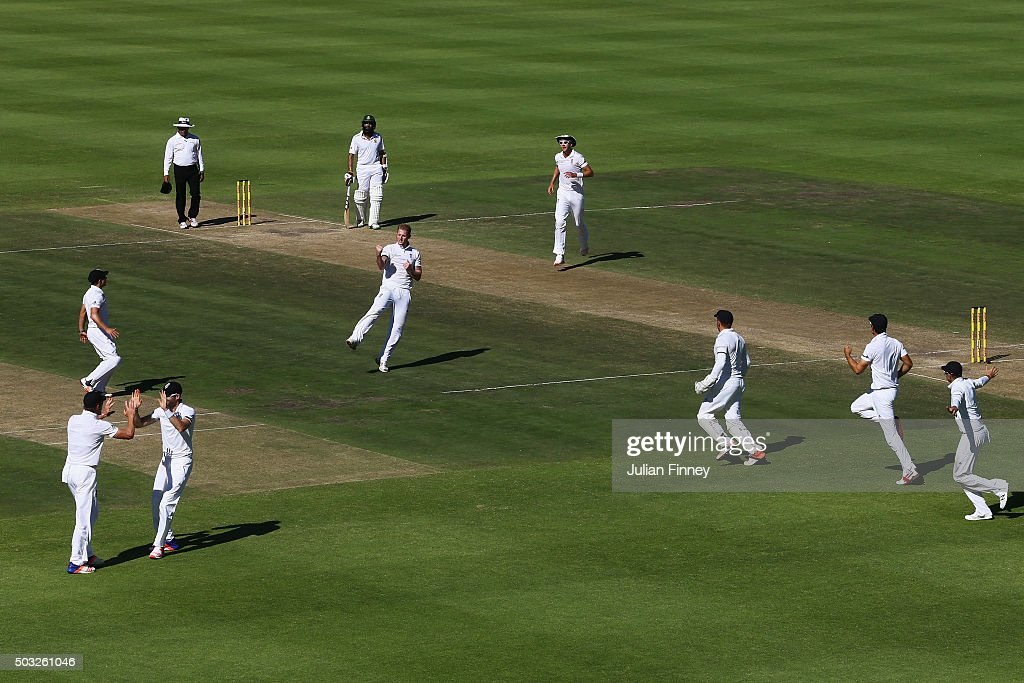 <a gi-track='captionPersonalityLinkClicked' href=/galleries/search?phrase=Ben+Stokes&family=editorial&specificpeople=6688979 ng-click='$event.stopPropagation()'>Ben Stokes</a> of England celebrates taking the wicket of <a gi-track='captionPersonalityLinkClicked' href=/galleries/search?phrase=Dean+Elgar&family=editorial&specificpeople=8593375 ng-click='$event.stopPropagation()'>Dean Elgar</a> of South Africa caught out by <a gi-track='captionPersonalityLinkClicked' href=/galleries/search?phrase=Nick+Compton&family=editorial&specificpeople=654760 ng-click='$event.stopPropagation()'>Nick Compton</a> of England during day two of the 2nd Test at Newlands Stadium on January 3, 2016 in Cape Town, South Africa.
