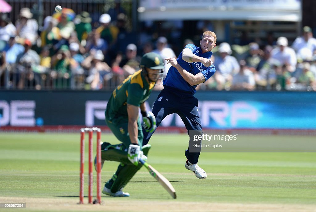 <a gi-track='captionPersonalityLinkClicked' href=/galleries/search?phrase=Ben+Stokes&family=editorial&specificpeople=6688979 ng-click='$event.stopPropagation()'>Ben Stokes</a> of England fields the ball during the 2nd Momentum ODI between South Africa and England at St George's Park on February 6, 2016 in Port Elizabeth, South Africa.