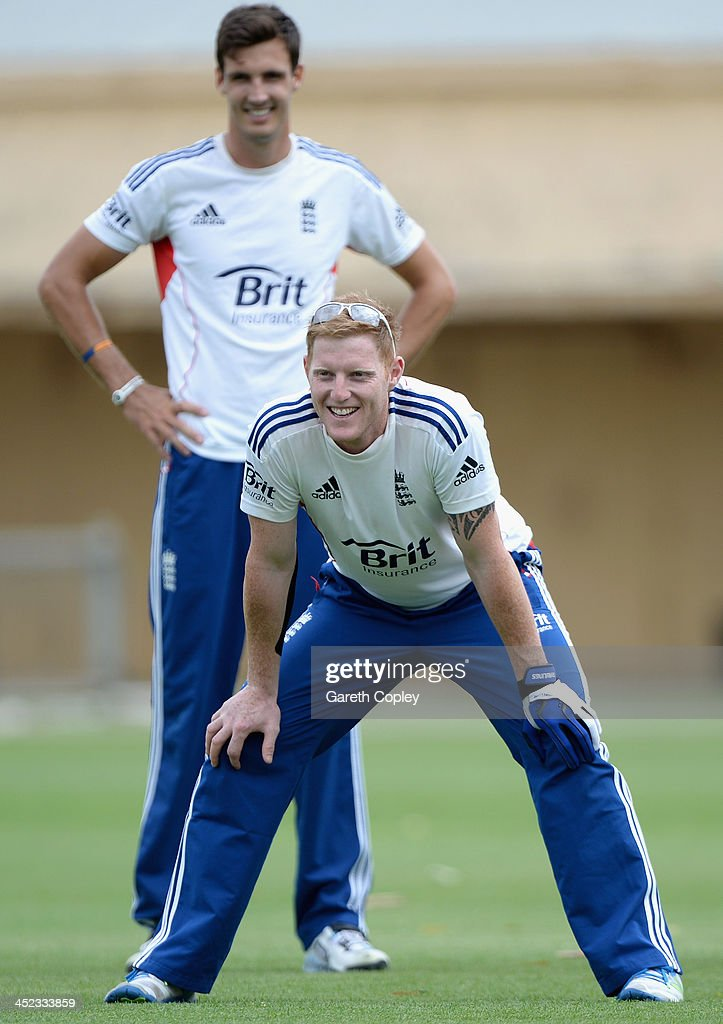 <a gi-track='captionPersonalityLinkClicked' href=/galleries/search?phrase=Ben+Stokes&family=editorial&specificpeople=6688979 ng-click='$event.stopPropagation()'>Ben Stokes</a> of England takes part in a fielding drill alongside Steven Finn during a nets session at Traeger Park on November 28, 2013 in Alice Springs, Australia.