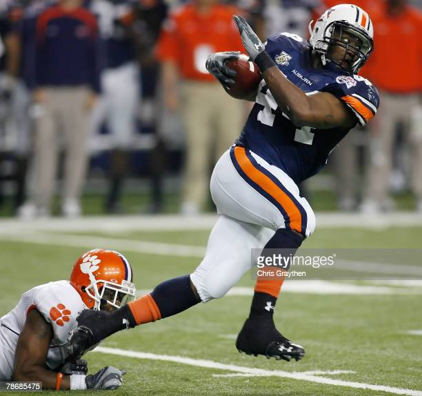Ben Tate of the Auburn University Tigers makes a run against the Clemson University Tigers during the ChickFilA Bowl on December 31 2007 at the...