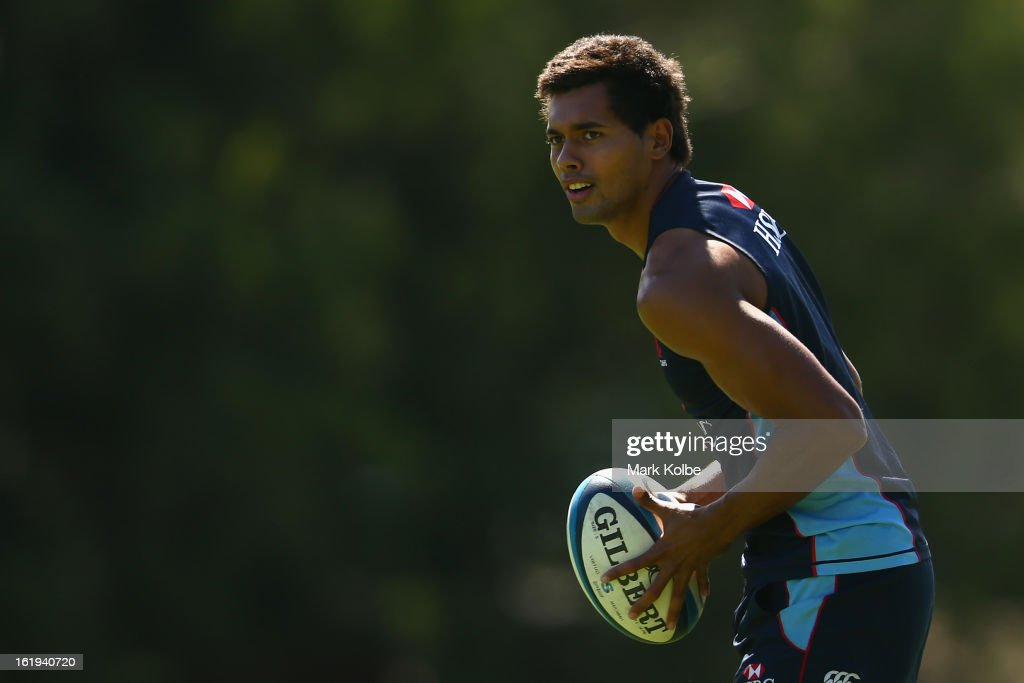 Ben Volavola looks to pass during a Waratahs Super Rugby training session at Victoria Barracks on February 18, 2013 in Sydney, Australia.