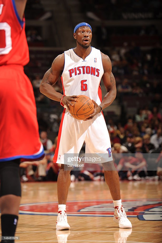 <a gi-track='captionPersonalityLinkClicked' href=/galleries/search?phrase=Ben+Wallace&family=editorial&specificpeople=201480 ng-click='$event.stopPropagation()'>Ben Wallace</a> #6 of the Detroit Pistons handles the ball during the game between the Detroit Pistons and the Philadelphia 76ers on April 26, 2012 at The Palace of Auburn Hills in Auburn Hills, Michigan.