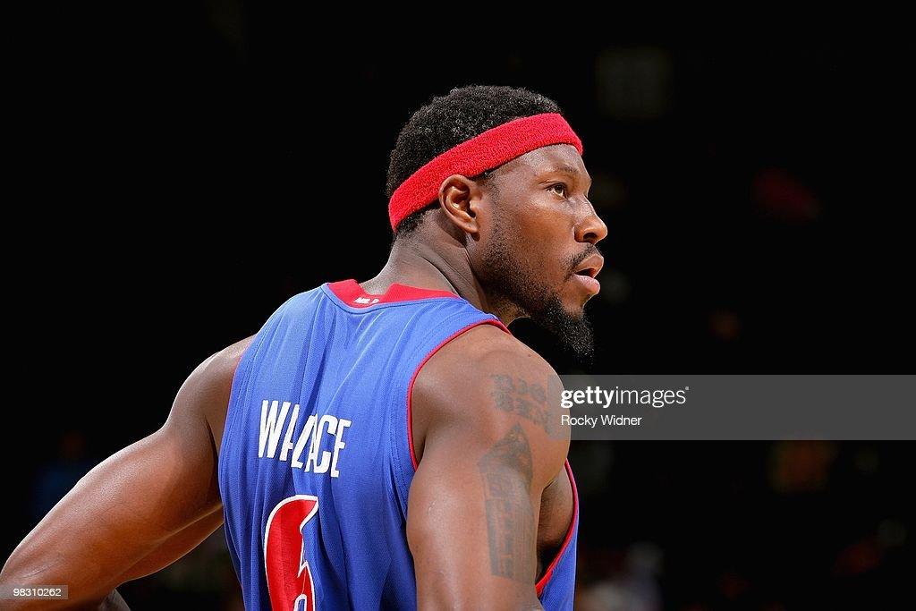 Ben Wallace #6 of the Detroit Pistons looks across the court during the game against the Golden State Warriors on February 27, 2009 at Oracle Arena in Oakland, California. The Warriors won 95-88.