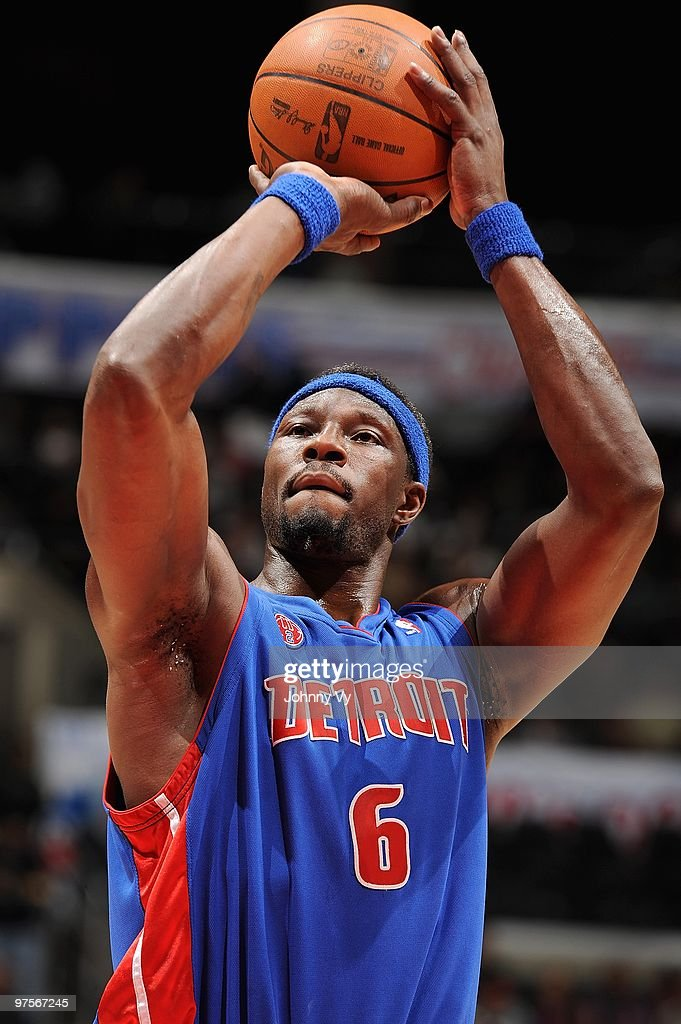 <a gi-track='captionPersonalityLinkClicked' href=/galleries/search?phrase=Ben+Wallace&family=editorial&specificpeople=201480 ng-click='$event.stopPropagation()'>Ben Wallace</a> #6 of the Detroit Pistons shoots a free throw against the Los Angeles Clippers during the game on February 24, 2010 at Staples Center in Los Angeles, California. The Clippers won 97-91.