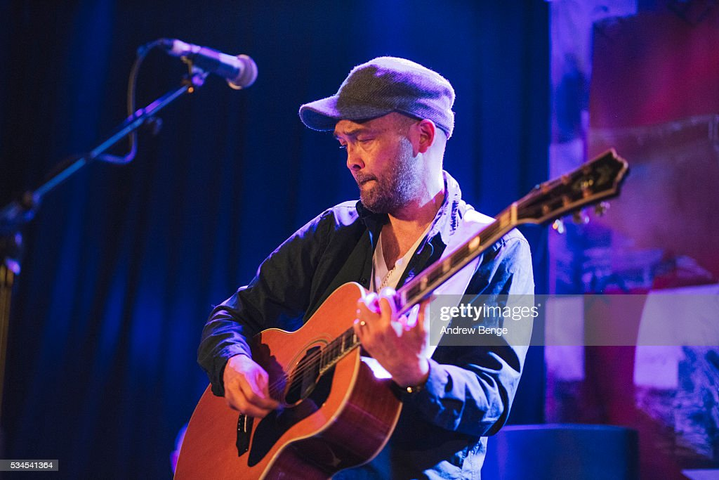 Ben Watt of the Ben Watt Band performs on stage at Belgrave Music Hall on May 26, 2016 in Leeds, England.