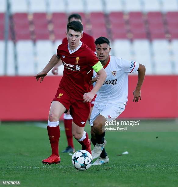 Ben Woodburn of Liverpool U19 powers through during the UEFA Champions League group E match between Sevilla FC U19 and Liverpool FC U19 at Estadio...