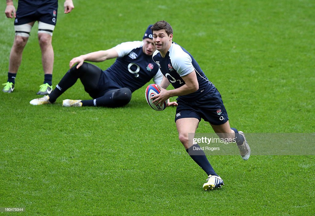 <a gi-track='captionPersonalityLinkClicked' href=/galleries/search?phrase=Ben+Youngs&family=editorial&specificpeople=3970947 ng-click='$event.stopPropagation()'>Ben Youngs</a> breaks with the ball during the England captain's run at Twickenham Stadium on February 1, 2013 in London, England.