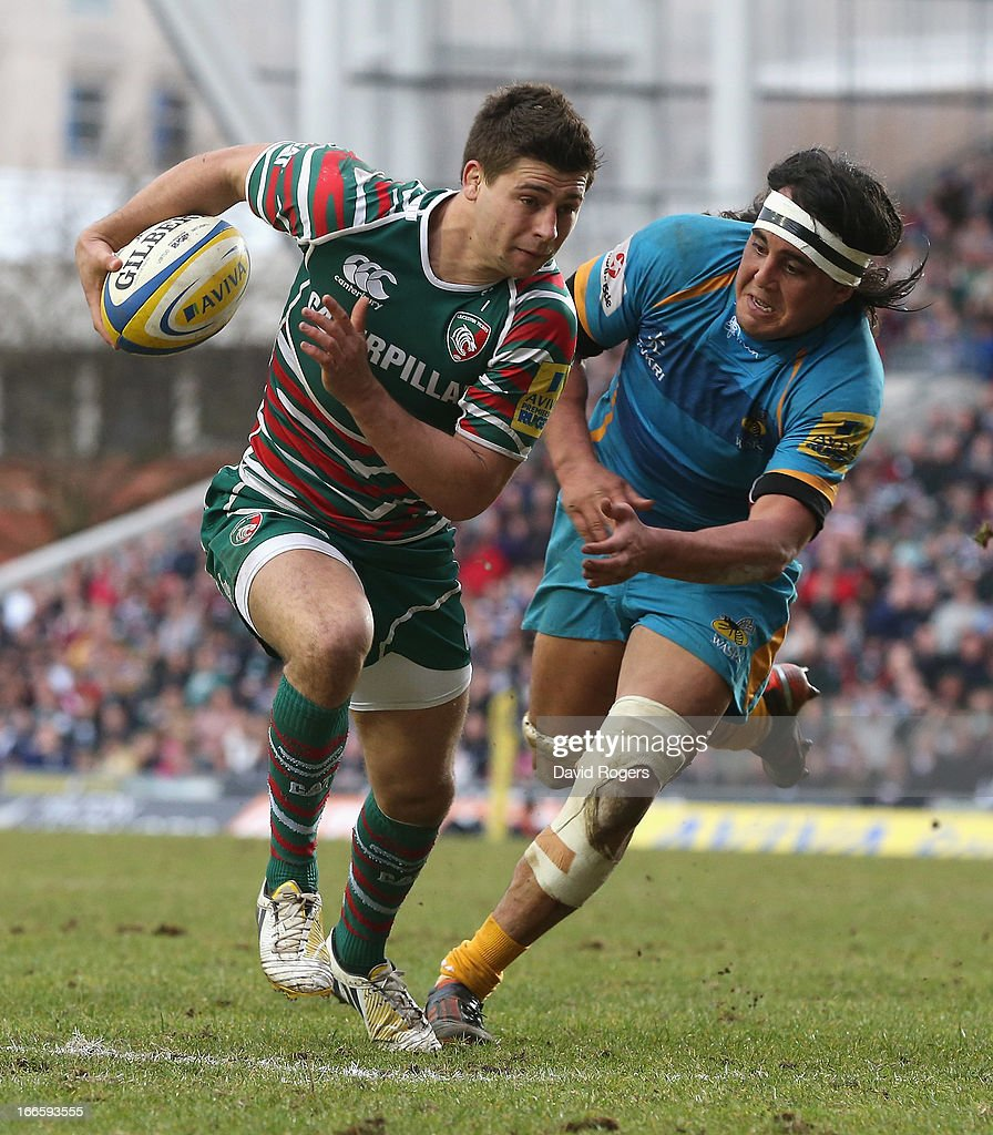<a gi-track='captionPersonalityLinkClicked' href=/galleries/search?phrase=Ben+Youngs&family=editorial&specificpeople=3970947 ng-click='$event.stopPropagation()'>Ben Youngs</a> of Leicester breaks clear of Jonathan Poff during the Aviva Premiership match between Leicester Tigers and London Wasps at Welford Road on April 14, 2013 in Leicester, England.
