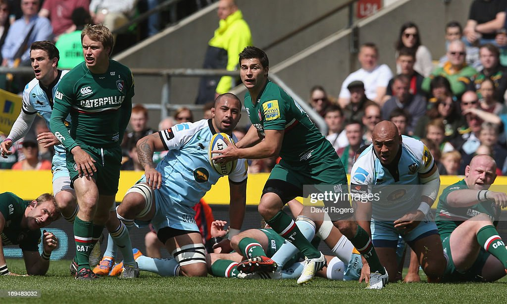 Ben Youngs of Leicester passes the ball during the Aviva Premiership Final between Leicester Tigers and Northampton Saints at Twickenham Stadium on May 25, 2013 in London, England.