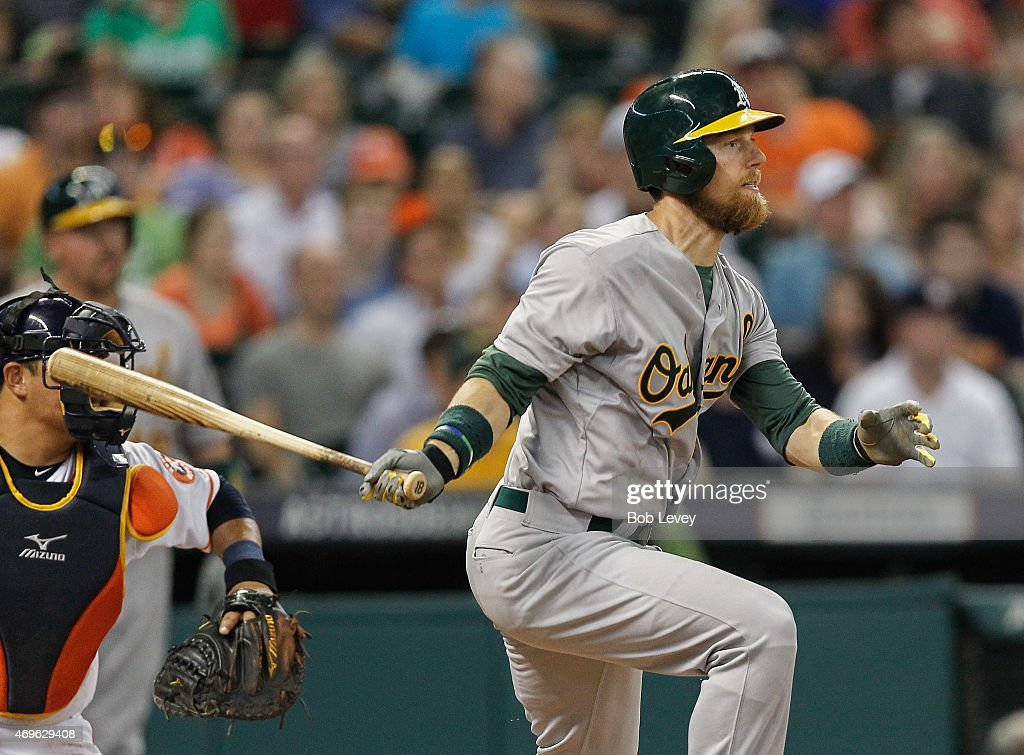 <a gi-track='captionPersonalityLinkClicked' href=/galleries/search?phrase=Ben+Zobrist&family=editorial&specificpeople=2120037 ng-click='$event.stopPropagation()'>Ben Zobrist</a> #18 of the Oakland Athletics singles in the fifth inning against the Houston Astros at Minute Maid Park on April 13, 2015 in Houston, Texas.