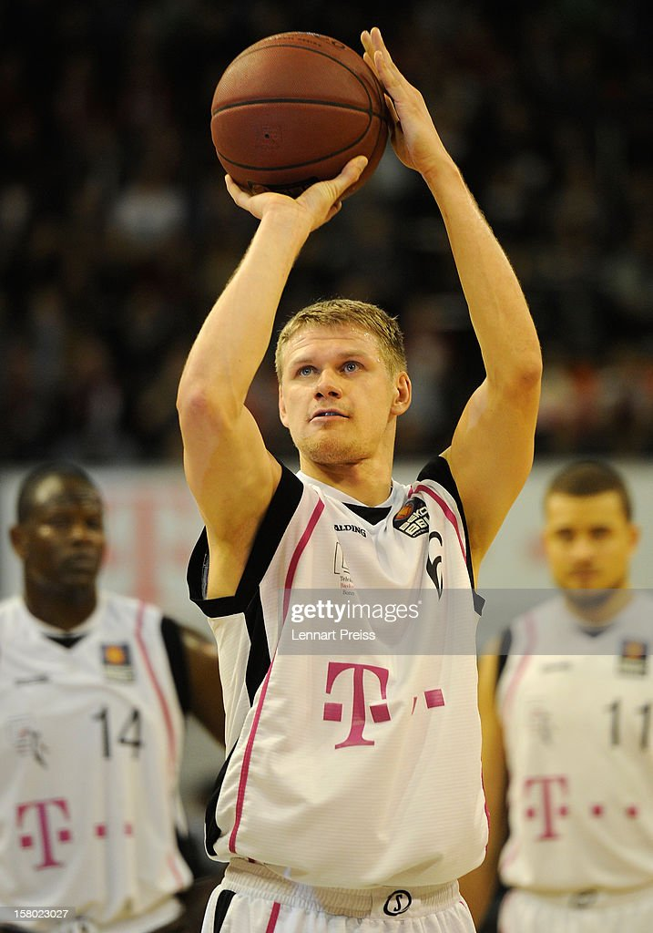 Benas Veikalas of Bonn shoots during the Beko Basketball match between FC Bayern Muenchen and Telekom Baskets Bonn at Audi-Dome on December 9, 2012 in Munich, Germany.