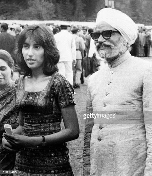 Benazir Bhutto and Foreign Affairs Minister of India Swaran Singh stand together on 28 June 1972 in Simla where Pakistani President Ali Bhutto and...