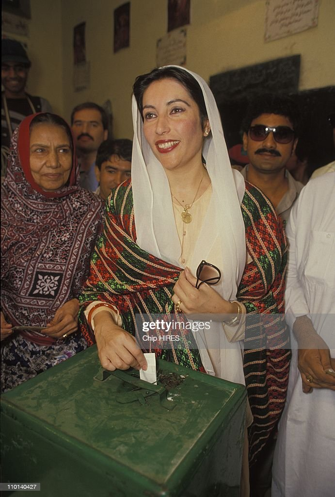 <a gi-track='captionPersonalityLinkClicked' href=/galleries/search?phrase=Benazir+Bhutto&family=editorial&specificpeople=202012 ng-click='$event.stopPropagation()'>Benazir Bhutto</a> on election campaign inPakistan on November 16, 1988.