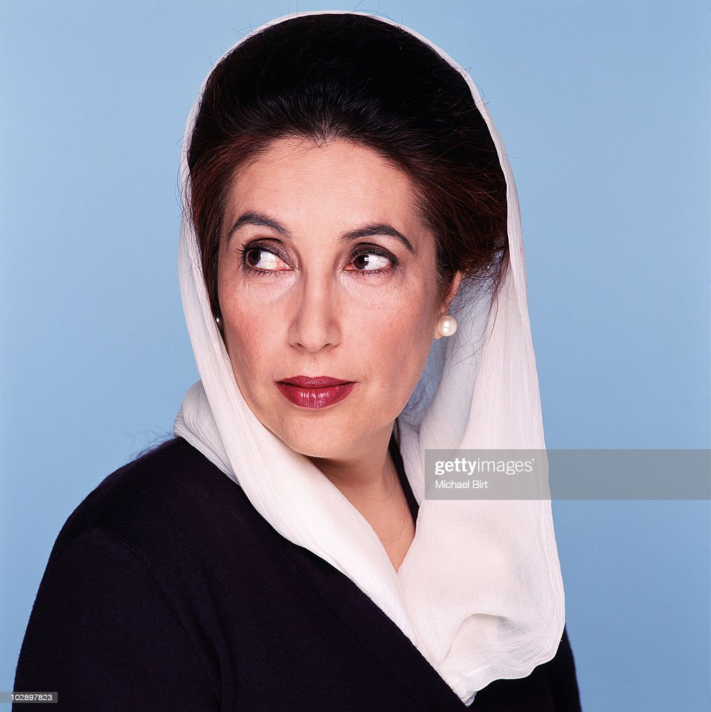 <a gi-track='captionPersonalityLinkClicked' href=/galleries/search?phrase=Benazir+Bhutto&family=editorial&specificpeople=202012 ng-click='$event.stopPropagation()'>Benazir Bhutto</a> poses for a portrait shoot in London.
