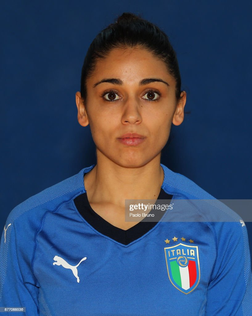 Italy Futsal Women Portrait Session