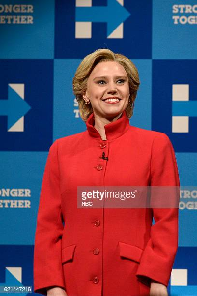 LIVE 'Benedict Cumberbatch' Episode 1709 Pictured Kate McKinnon as Democratic Presidential Candidate Hillary Clinton during the 'Hillary Clinton /...