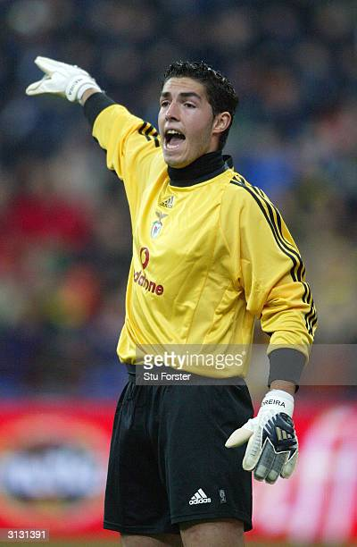 Benfica goalkeeper Jose Moreira marshalls his defence during the UEFA Cup Fourth Round match between Inter Milan and Benfica March 25 2004 at The...