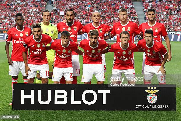 Benfica initial team during the match between SL Benfica and Vitoria Setubal FC for the Portuguese Primeira Liga at Estadio da Luz on August 21 2016...