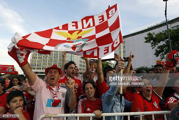 Benfica supporters celebrate their 34th Portuguese league title in central Lisbon on May 17 2015 after the Portuguese league football match Vitoria...