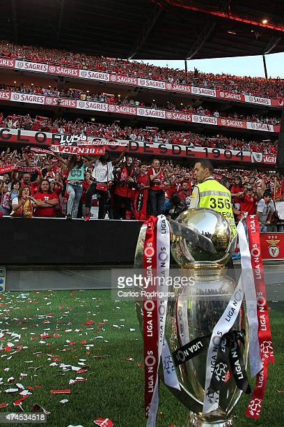 Benfica supporters with the trophy during the Primeira Liga match between SL Benfica and Maritimo at Estadio da Luz on May 23 2015 in Lisbon Portugal