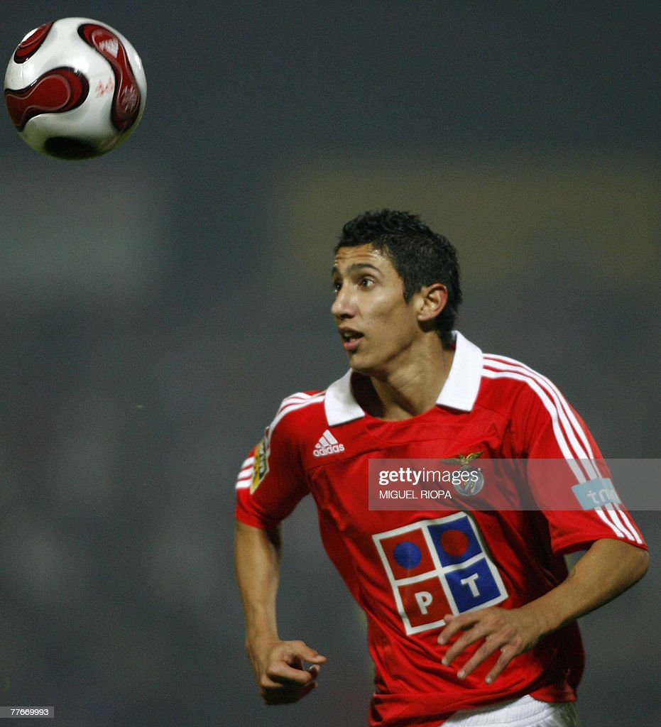 SL Benfica s Argentinian Angel Di Maria