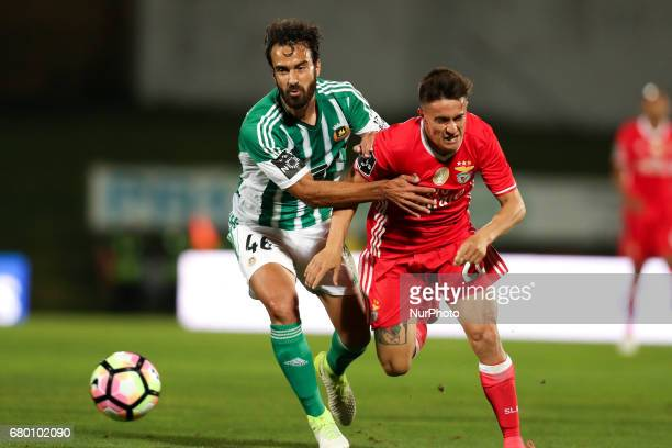 Benfica's Argentinian forward Franco Cervi vies with Rio Ave's Brazilian defender Marcelo during the Premier League 2016/17 match between Rio Ave and...