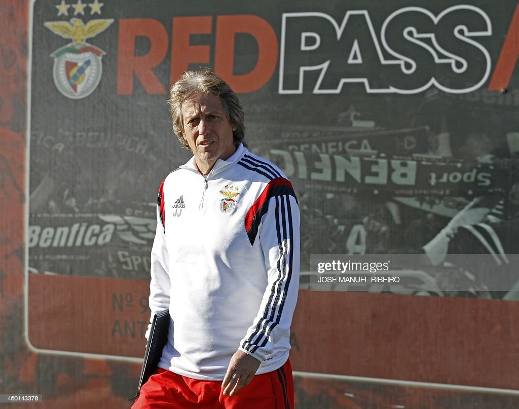 Benfica's coach <a gi-track='captionPersonalityLinkClicked' href=/galleries/search?phrase=Jorge+Jesus&family=editorial&specificpeople=686973 ng-click='$event.stopPropagation()'>Jorge Jesus</a> arrives for a training session at the club training camp in Seixal on December 8, 2014, on the eve of the UEFA Champions League group C football match SL Benfica vs Bayer 04 Leverkusenn.
