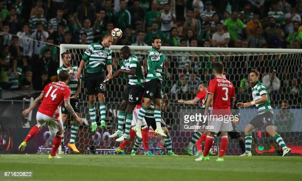 Benfica's defender from Sweden Victor Lindelof scores goal from a free kick during the Primeira Liga match between Sporting CP and SL Benfica at...