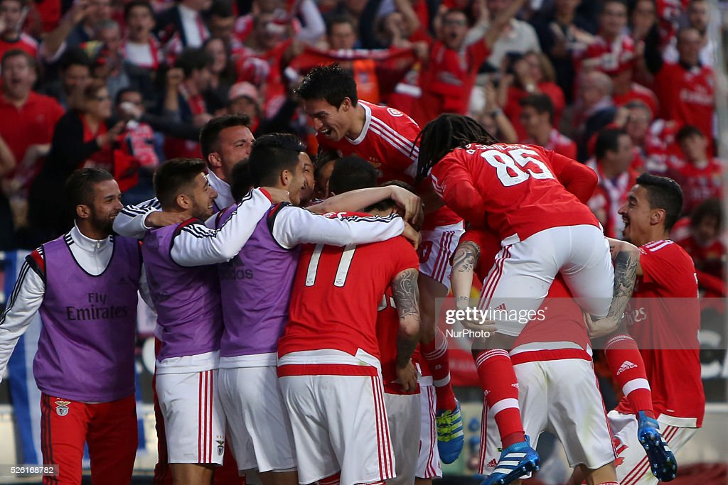 Benfica's defender <a gi-track='captionPersonalityLinkClicked' href=/galleries/search?phrase=Jardel+-+Soccer+Centre+Back+-+Born+1986&family=editorial&specificpeople=12802586 ng-click='$event.stopPropagation()'>Jardel</a> celebrates with teammates after scoring during the Portuguese League football match SL Benfica vs Vitoria Guimaraes SC at Luz stadium in Lisbon on April 29, 2016.