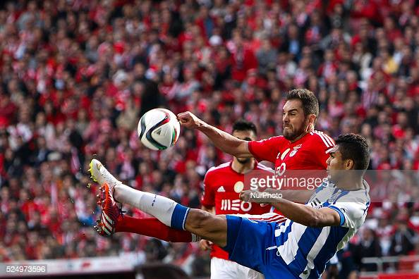 Benfica's defender Jardel Vieira vies with Porto's midfielder Casemiro during the Portuguese League football match between SL Benfica and FC Porto at...