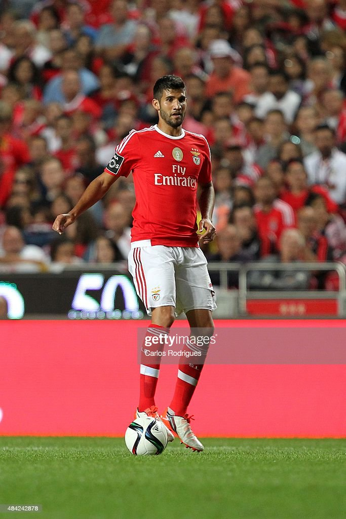 Benfica's defender <a gi-track='captionPersonalityLinkClicked' href=/galleries/search?phrase=Lisandro+Lopez&family=editorial&specificpeople=801562 ng-click='$event.stopPropagation()'>Lisandro Lopez</a> during the match between SL Benfica and Estoril Praia at Estadio da Luz on August 16, 2015 in Lisbon, Portugal.