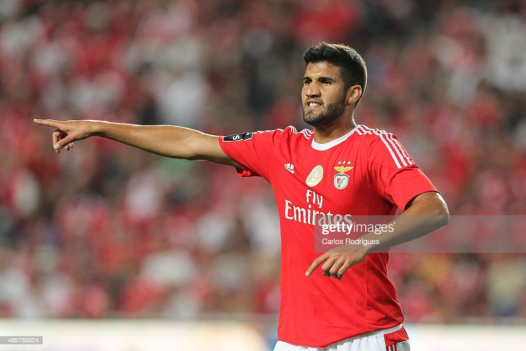 Benfica's defender <a gi-track='captionPersonalityLinkClicked' href=/galleries/search?phrase=Lisandro+Lopez&family=editorial&specificpeople=801562 ng-click='$event.stopPropagation()'>Lisandro Lopez</a> during the match between SL Benfica and Moreirense FC at Estadio da Luz on August 29, 2015 in Lisbon, Portugal.