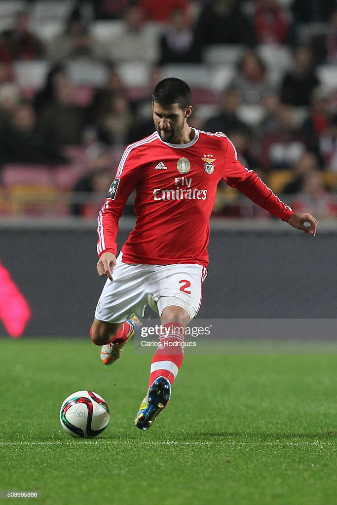 Benfica's defender <a gi-track='captionPersonalityLinkClicked' href=/galleries/search?phrase=Lisandro+Lopez&family=editorial&specificpeople=801562 ng-click='$event.stopPropagation()'>Lisandro Lopez</a> during the match between SL Benfica and CS Maritimo at Estadio da Luz on January 6, 2015 in Lisbon, Portugal.