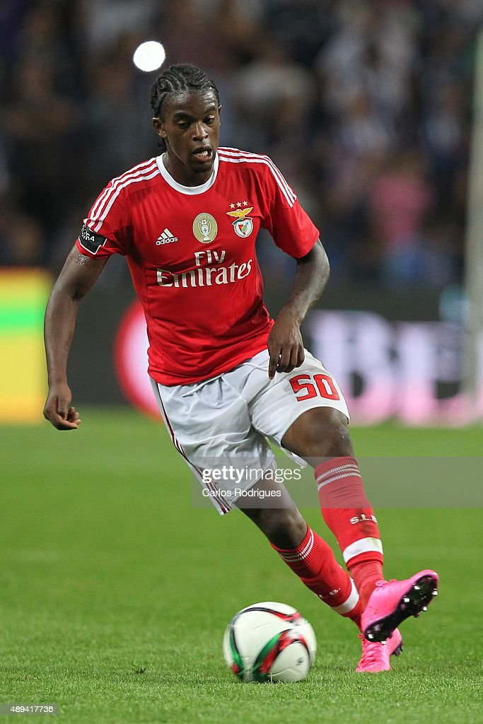 Benfica's defender Nelson Semedo during the match between FC Porto and SL Benfica for the Portuguese Primeira Liga at Estadio do Dragao on September 20, 2015 in Porto, Portugal.