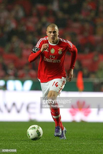 Benfica's defender Victor NilssonLindelof during the match between SL Benfica and FC Porto for the portuguese Primeira Liga at Estadio da Luz on...