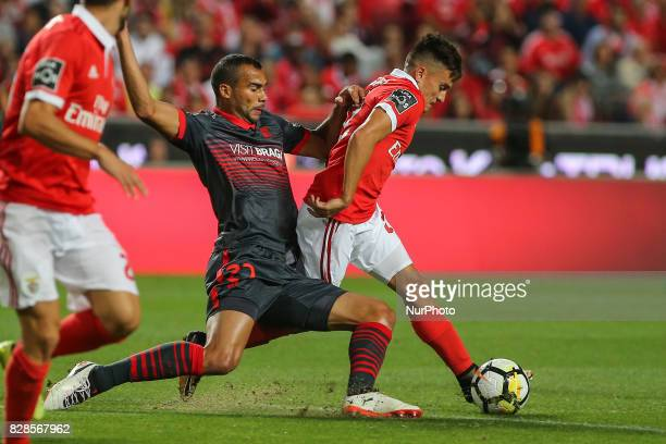 Benficas forward Franco Cervi from Argentina and Bragas midfielder Fransegio from Brazil during the Premier League 2017/18 match between SL Benfica v...