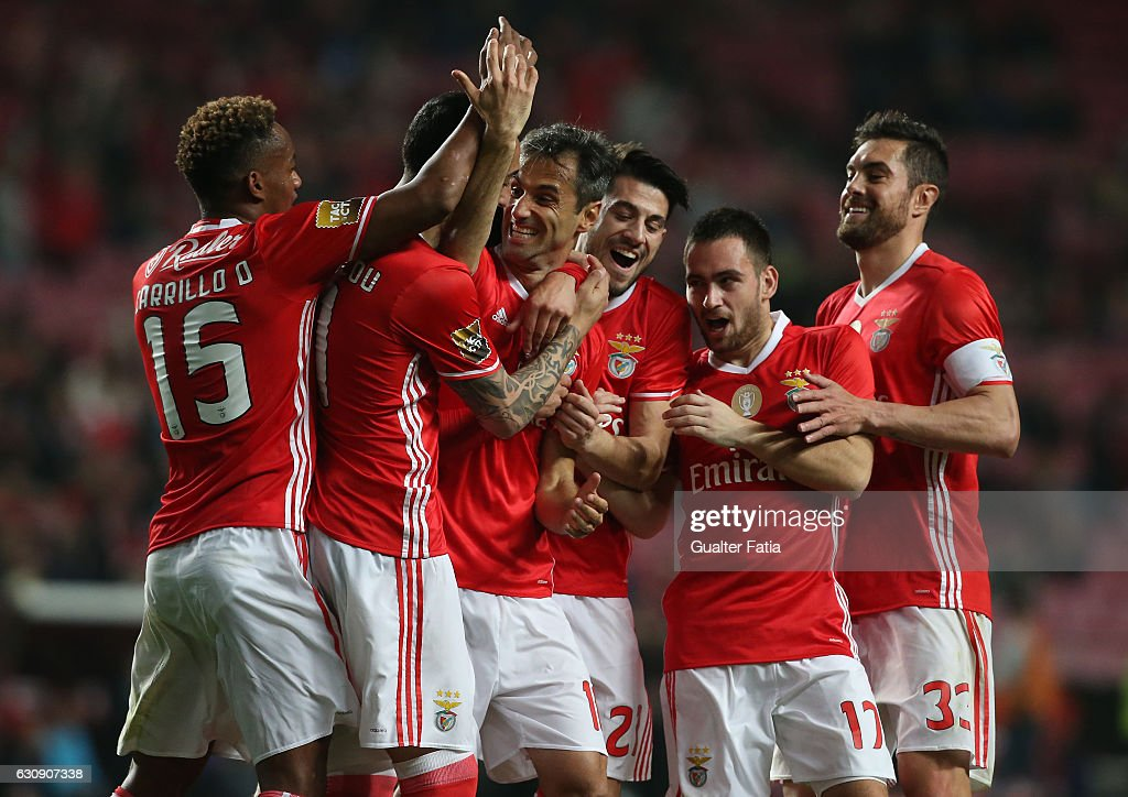 SL Benfica's forward from Brazil Jonas celebrates with teammates after scoring a goal during the Primeira Liga match between SL Benfica and FC Vizela at Estadio da Luz on January 3, 2017 in Lisbon, Portugal.