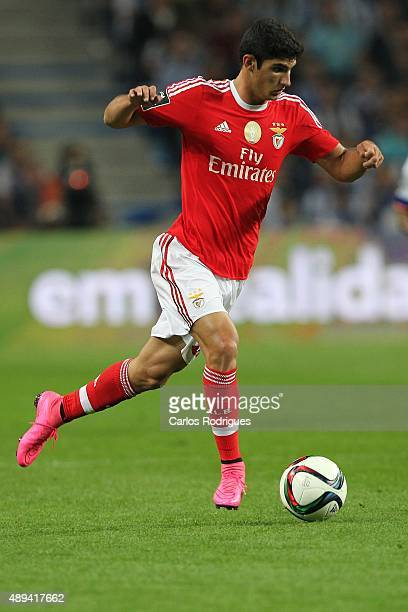 Benfica's forward Goncalo Guedes during the match between FC Porto and SL Benfica for the Portuguese Primeira Liga at Estadio do Dragao on September...