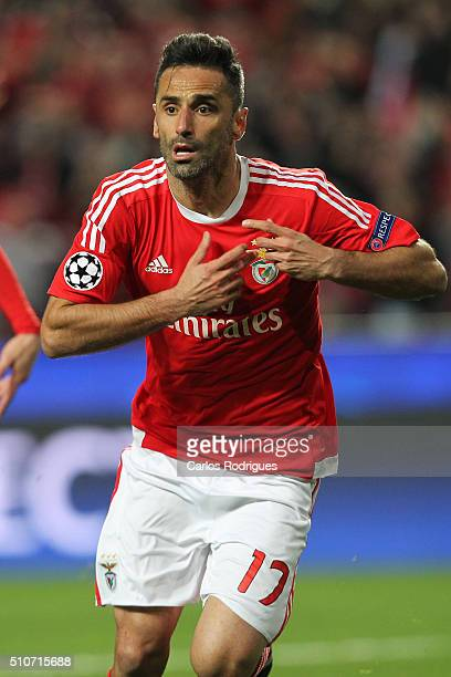 Benfica's forward Jonas celebrates scoring Benfica's goal during the match between SL Benfica and FC Zenit for the UEFA Champions League Round of 16...