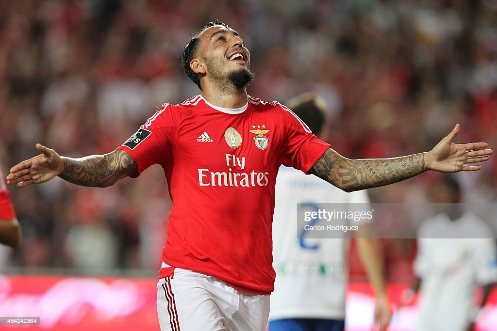 Benfica's forward <a gi-track='captionPersonalityLinkClicked' href=/galleries/search?phrase=Kostas+Mitroglou&family=editorial&specificpeople=2203870 ng-click='$event.stopPropagation()'>Kostas Mitroglou</a> celebrates scoring Benfica«s first goal during the match between SL Benfica and Estoril Praia at Estadio da Luz on August 16, 2015 in Lisbon, Portugal.