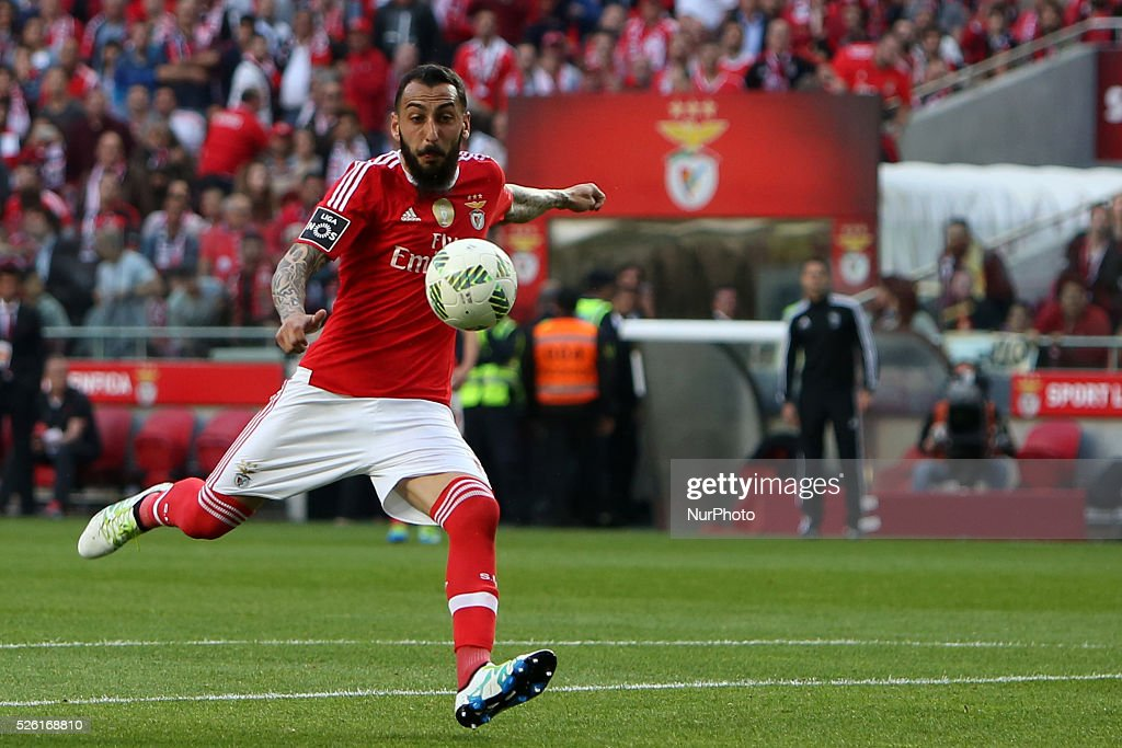 Benfica's forward Kostas Mitroglou in action during the Portuguese League football match SL Benfica vs Vitoria Guimaraes SC at Luz stadium in Lisbon on April 29, 2016.
