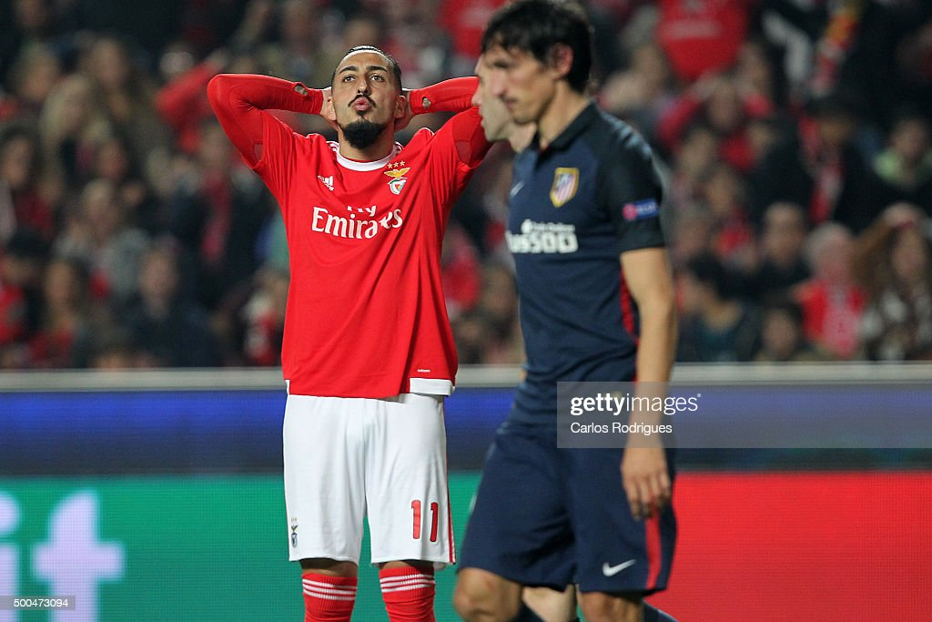 Benfica's forward <a gi-track='captionPersonalityLinkClicked' href=/galleries/search?phrase=Kostas+Mitroglou&family=editorial&specificpeople=2203870 ng-click='$event.stopPropagation()'>Kostas Mitroglou</a> reacts during the match between SL Benfica and Club Atletico de Madrid for the UEFA Champions League at Estadio da Luz on December 08, 2015 in Lisbon, Portugal.