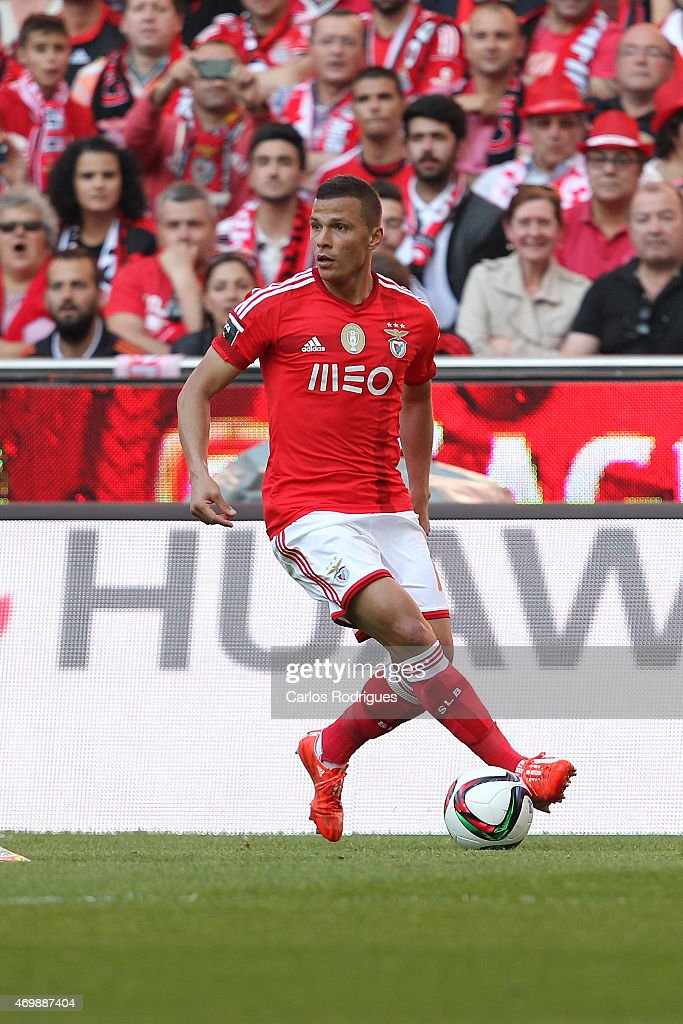 Benfica's forward Lima during the Primeira Liga Portugal match between Benfica and Academica at Estadio da Luz on April 12, 2015 in Lisbon, Portugal.