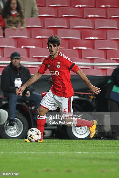 Benfica's forward Nelson Oliveira during the UEFA Champions League match between SL Benfica and Bayer 04 Leverkusen at the Estadio da Luz on December...