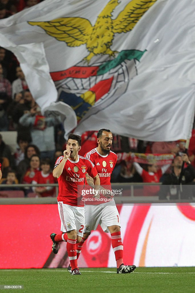 Benfica's forward Pizzi from Portugal celebrates scoring Benfica«s first goal during the match between SL Benfica and FC Arouca at Estadio da Luz on January 23, 2016 in Lisbon, Portugal.