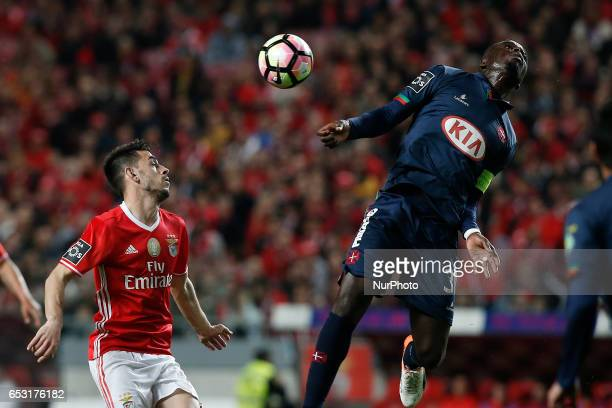 Benfica's forward Pizzi vies for the ball with Belenenses's forward Abel Camara during Premier League 2016/17 match between SL Benfica vs CF...