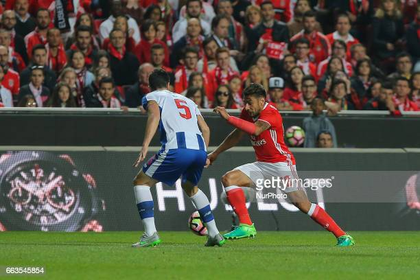 Benficas forward Toto Salvio from Argentina and FC Portos defender Ivan Marcano from Spain during the Premier League 2016/17 match between SL Benfica...