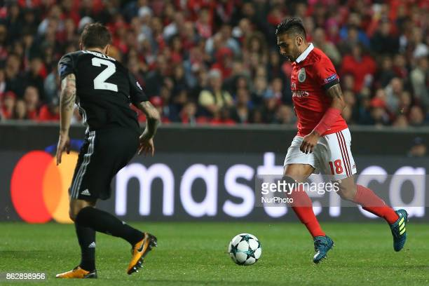 Benficas forward Toto Salvio from Argentina and Manchester Uniteds defender Victor Lindelof from Sweden during the match between SL Benfica v...